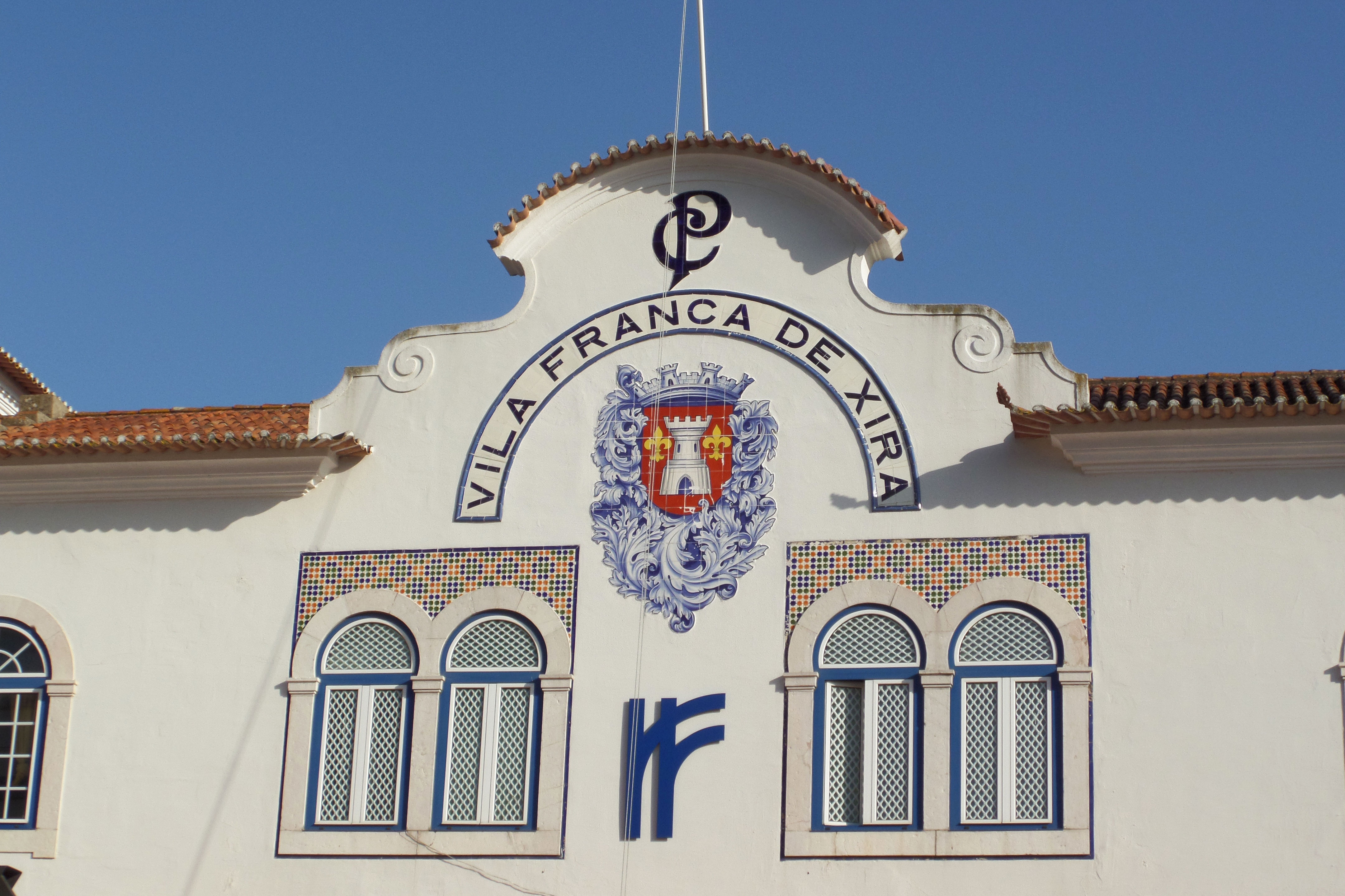 vila franca de xira cougars personals Weather underground provides local & long range weather forecasts, weather reports, maps & tropical weather conditions for locations worldwide.